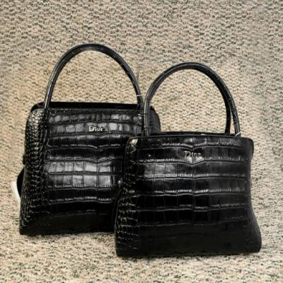 Produce and wholesale high quality , fashionable leather bag