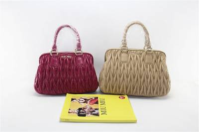 Produce and wholesale fashionable ,high quality MiuMiu leather handbag